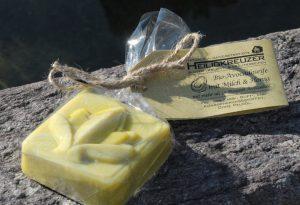 Feine und milde Bio-Seife mit besonders zartem Schaum.
