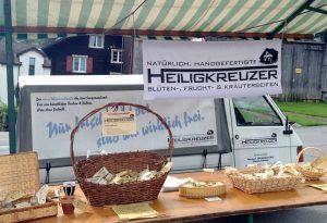 Knapp drei Dutzend Seifensorten: Marktstand in Vilters.