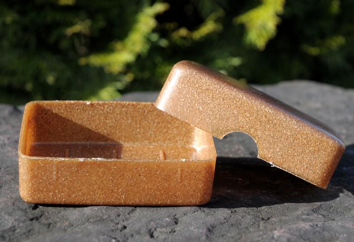 Neu im Shop: Kleine leichte Seifendose aus Flüssigholz.