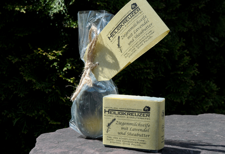Mit dem Duft der Provence: Lavendelseife mit viel Olivenöl und pflegender Sheabutter.