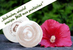 Zwölf Plastikflaschen weniger im Jahr. Im Bild die getestete Heiligkreuzer Bio-Kokosmilchseife mit Sheabutter und Malvenblüten.