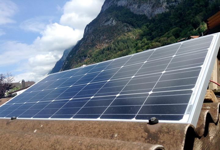 Solarpanel: Liefert Sonnenstrom für einige Geräte in der Heiligkreuzer Seifenmanufaktur.