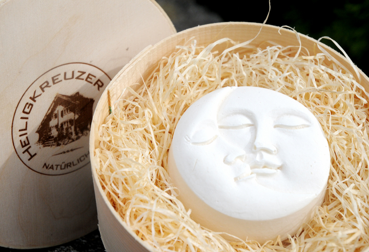 Edle Mohnseife Ziegenmilch und Bio-Kokosöl. Einzelstück #21.