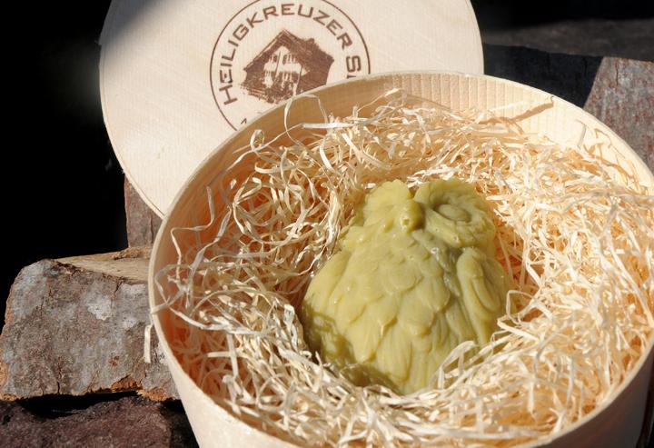 Blumig duftende Jojoba-Seife mit Buttermilch in der Einzelsstückvariante #81.