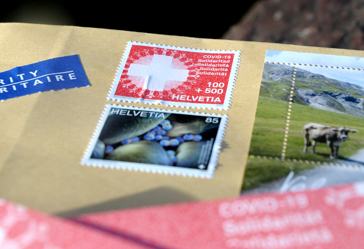 "Die ""Covid-19 Solidaritäts""-Briefmarke."